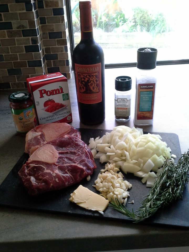 Crock pot shanks ingredients - tomatoes, shanks, rosemary, red wine, etc